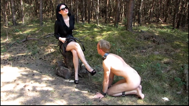 Mistress Blackdiamoond – Shopping on the slave market  [FEMDOM, outdoors, sexy mistress]