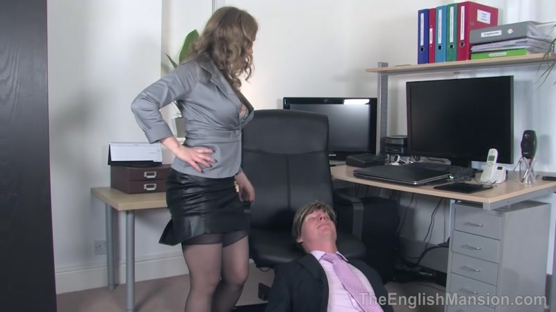 The English Mansion – Office Bitch Boy. Starring Mistress T  [face sitting, Sensual Domination, Cunilingus]