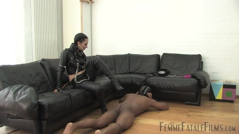 FemmeFataleFilms – Cybill's Way – Complete Film. Starring Cybill Troy  [Gloves, boots, boot worship]