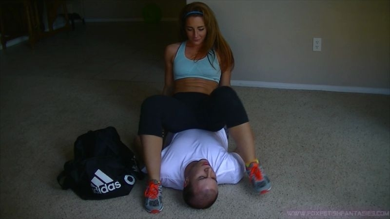 Savannahs Fetish Fantasies – Little brother forced to smell sisters smelly feet, armpits, & sweaty gym ass  [foot smelling, ass smelling, HUMILIATION]