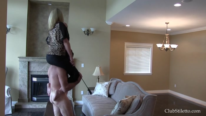 Watch or Download – Clubstiletto – Mistress Kandy – New House Pony Ride – Clubstiletto, human toilet, toilet slave – Release [20-09-2016]