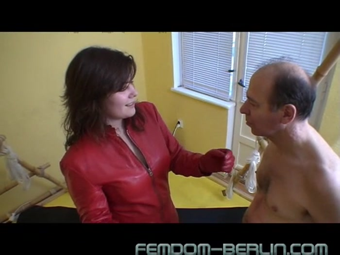 Watch or Download - Femdom Berlin - Mistress Michelle, Miss Flowers - Miss Flowers Training 1 - faceslap, cruel faceslap, facepunch, flipflop - Release [20-02-2017]