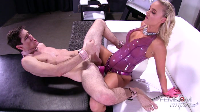Watch or Download - Femdomempire - Alexis Monroe - HOLED - dildo, pegging, strapon fucking, strapon - Release [11-12-2017]