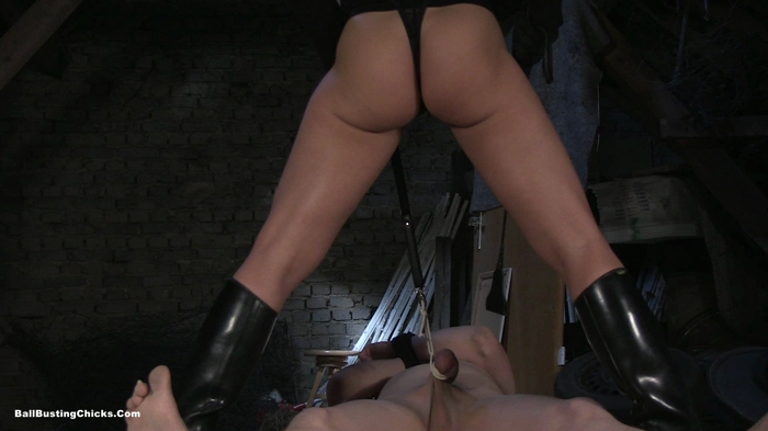 Watch or Download - Ball Busting Chicks - Mistress Isabella - Aim The Balls - ball stomping, cock and ball - Release [21-12-2017]
