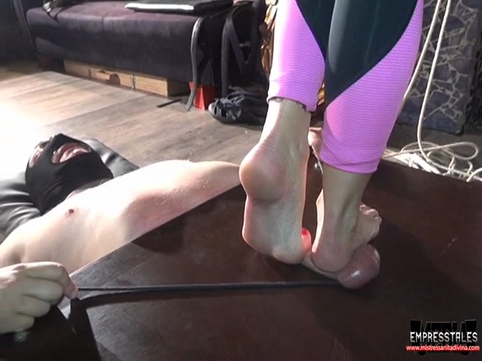 Watch or Download - Feel My Feet Flattened Your Balls - ball stomping, cock and ball - Release [24-12-2017]