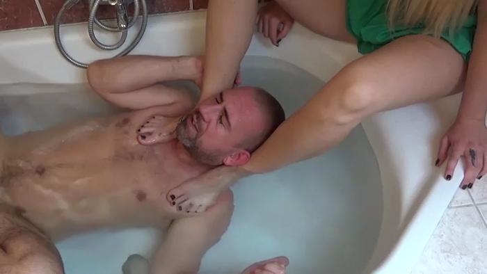 Watch or Download - Lady Cruella - Bath Affair Smother Underwater - Lady Cruella, smothering, choke, throat - Release [03-01-2018]