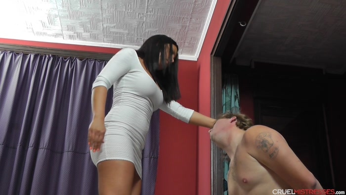 Watch or Download - CRUEL MISTRESSES - Mistress Lisa - Annoying slave - ball abuse, ballbusting, cbt, humiliation - Release [01-07-2018]