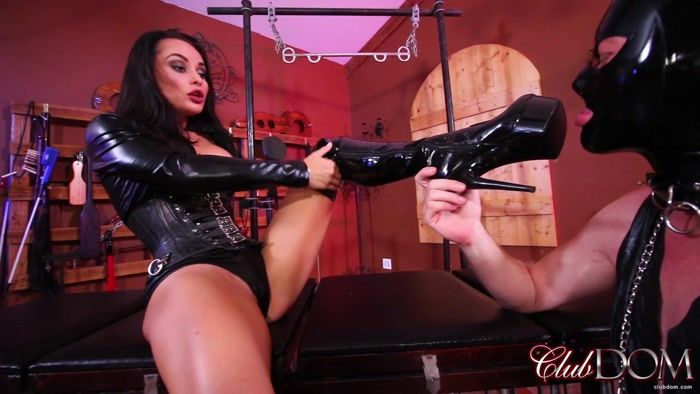 Watch or Download - ClubDom - Forced to Worship Mistress Crystal - ass worship, ass smother, butt - Release [06-11-2018]