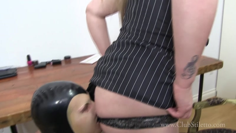 Ass Licking Bi Threesome
