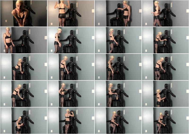 Mistress Helix – Handjob In The Dark  [PANTYHOSE DOMINATION, Mistress Helix, Bondage Male]