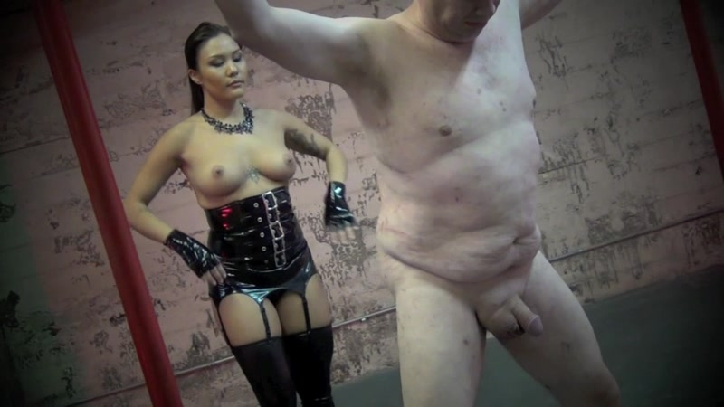 Asian Cruelty – A RUTHLESS ATTACK TO HIS BALLS. Starring Goddess Mena Li  [spit, domination, HUMILIATION]