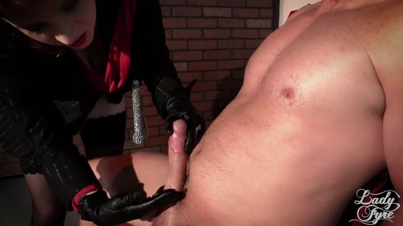 Femdom Foot Slave Chastity