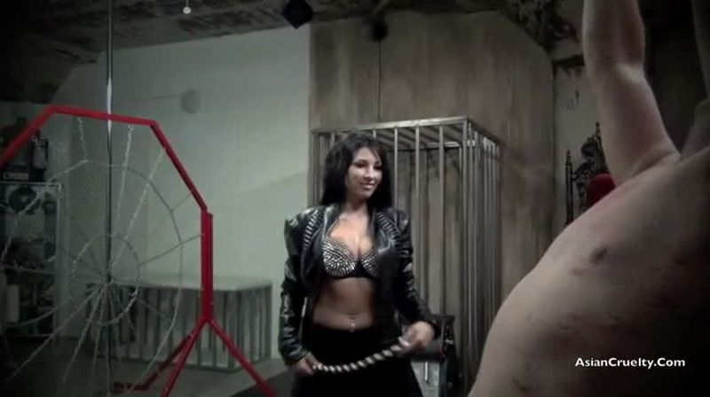 Asian Cruelty – A BRUTALLY SADISTIC BULLWHIPPING. REDUX Starring Goddess Amber Lee  [BDSM, amber lee, ASIAN GODDESS]