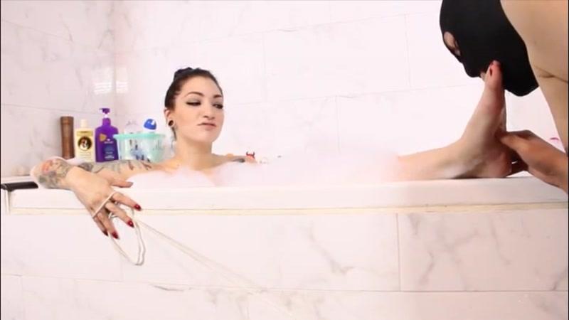 Cybill Troy FemDom Anti-Sex League – Bubble Bath Foot Tease  [TOES, nude, HUMILIATION]