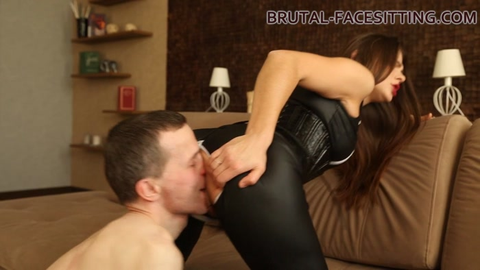 Brutal-Facesitting - Nicole Chance (720 HD) - worship, ass smother, butt drops